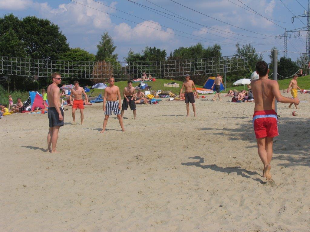 badesee-volleyball
